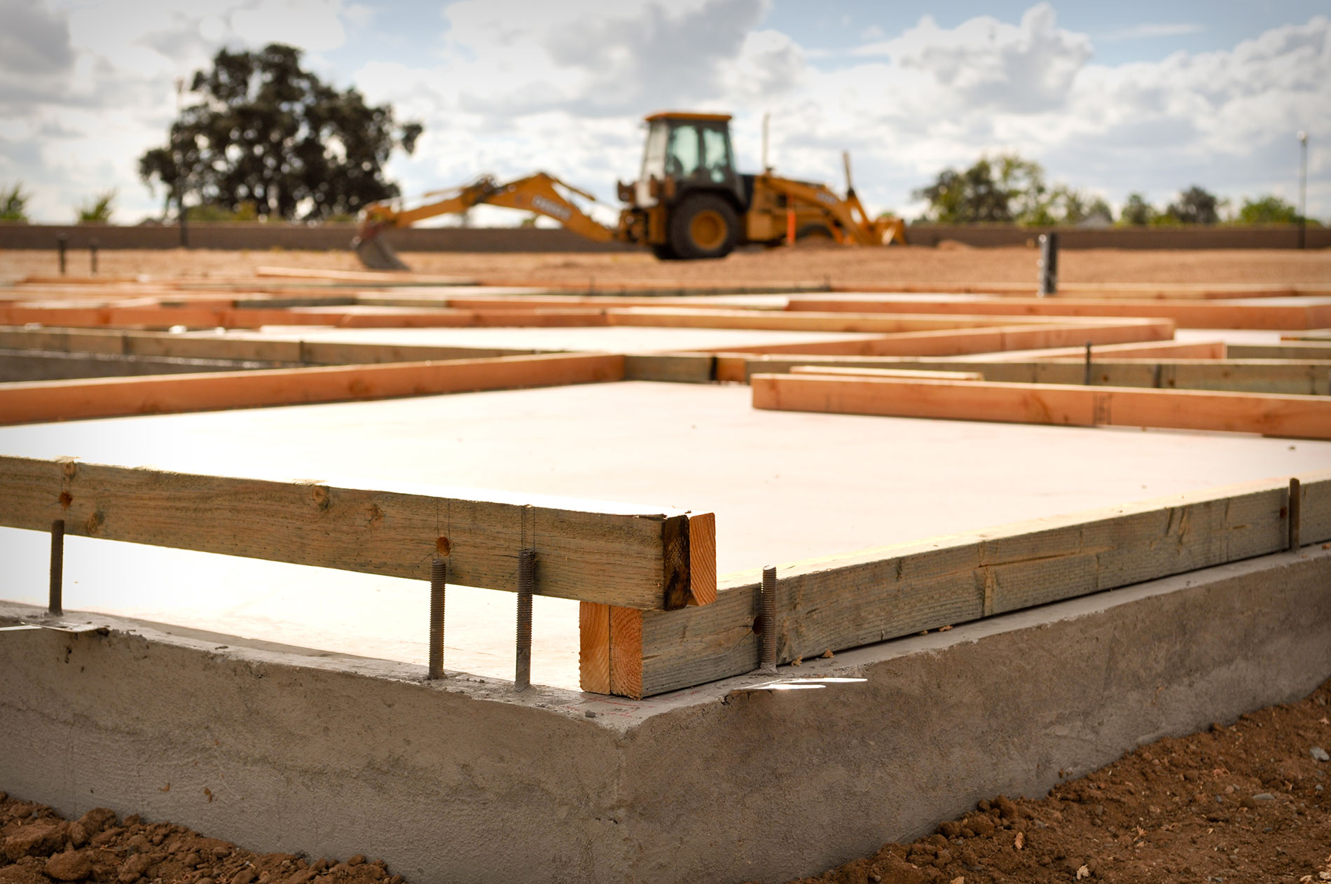 foundation of a house being laid, symbolic of seo in content marketing